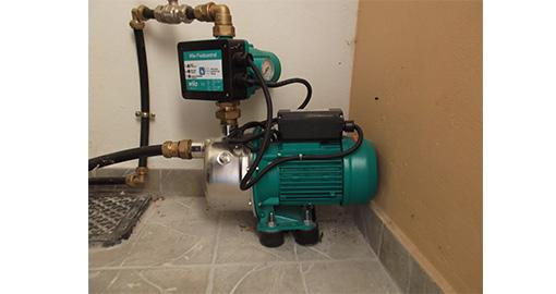 Εγκατάσταση πιεστικού συγκροτήματος και δεξαμενής νερού